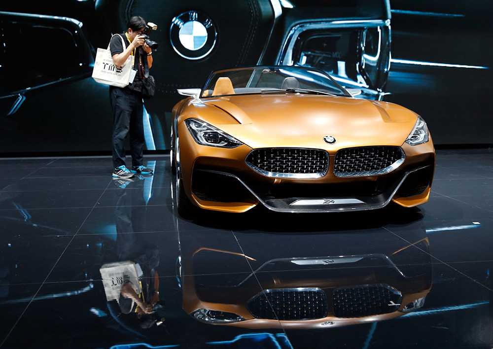 BMW Z4–concept studeras.