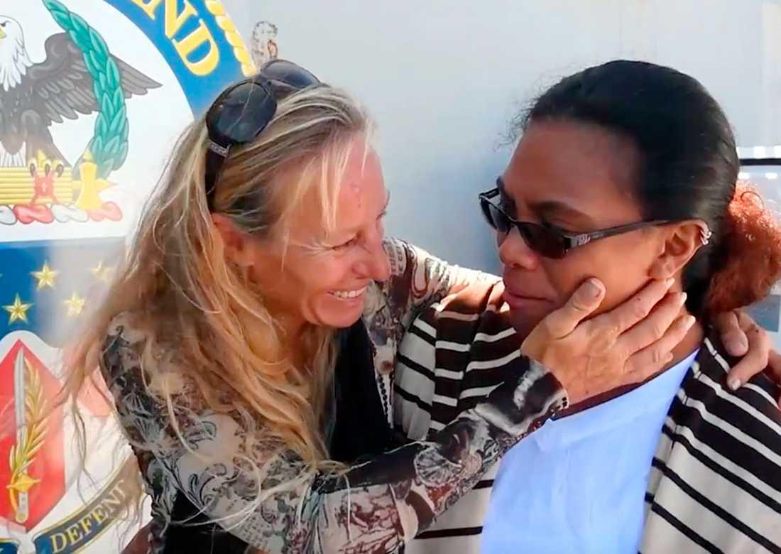 Jennifer Appel och Tasha Fuiava åt pasta, ris och havregryn och klarade vattenförsörjningen med hjälp av en vattenrenare.