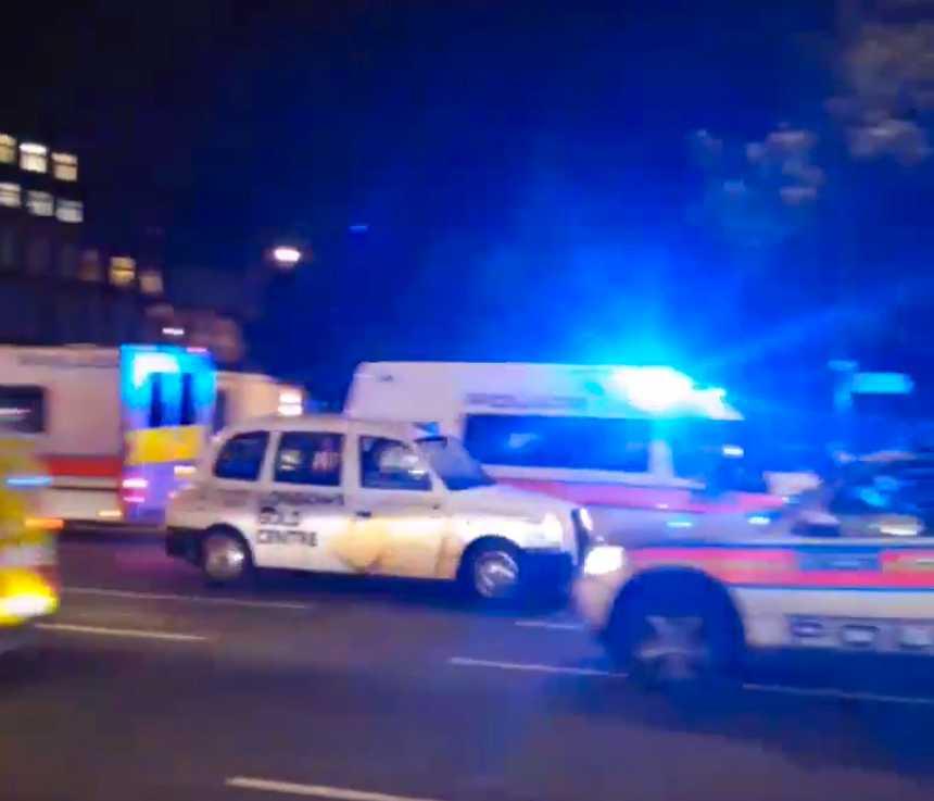 En kvinna har dödats och flera skadats i knivattacken vid Russel Square.