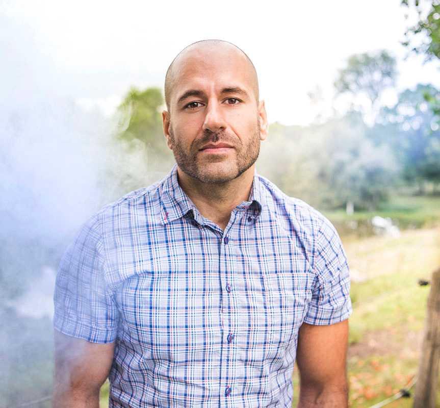 Aydin Darchini, VD på Nordic Med Can, som säljer CBD-olja i Sverige.