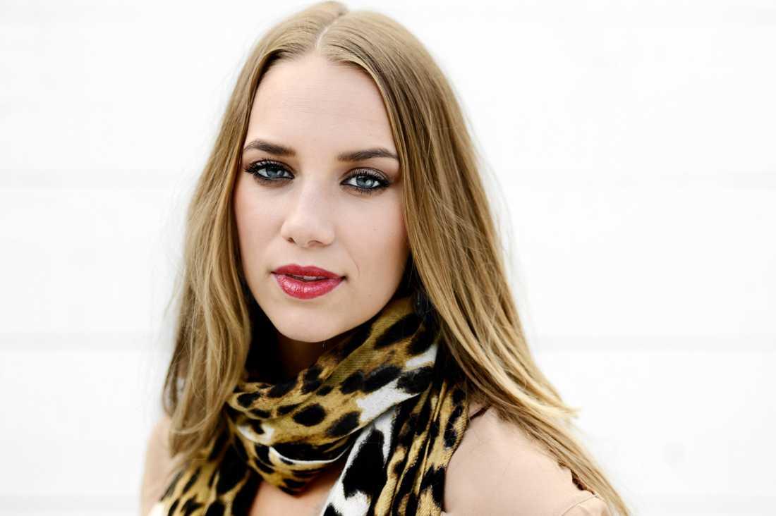 Agnes Carlsson är kritisk till TV4:s klippning av hennes framträdande på gaygalan.