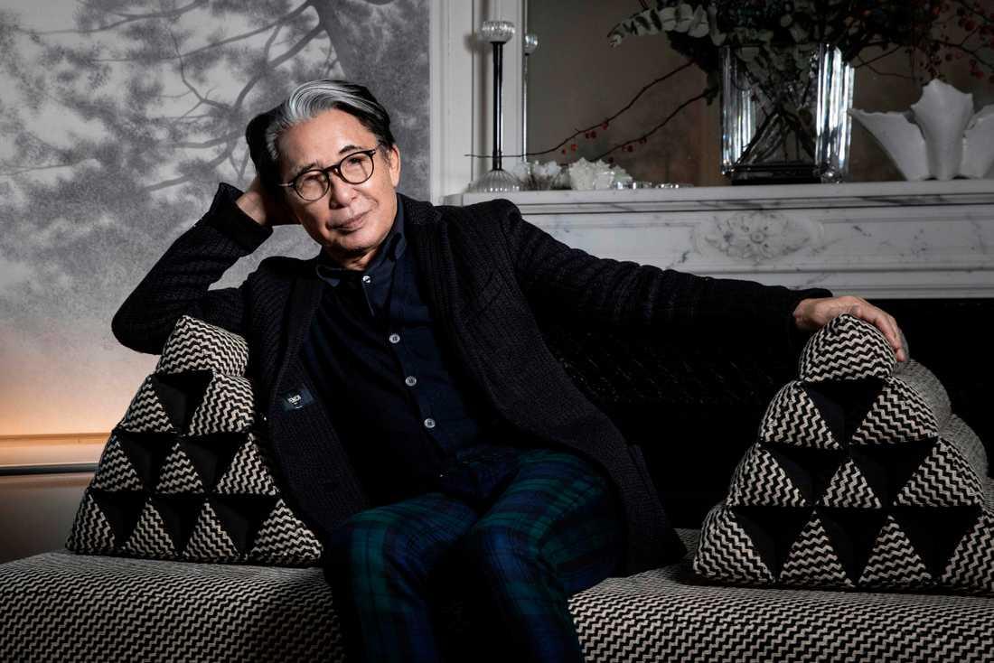 Modedesigern Kenzo Takada har avlidit. Arkivbild.