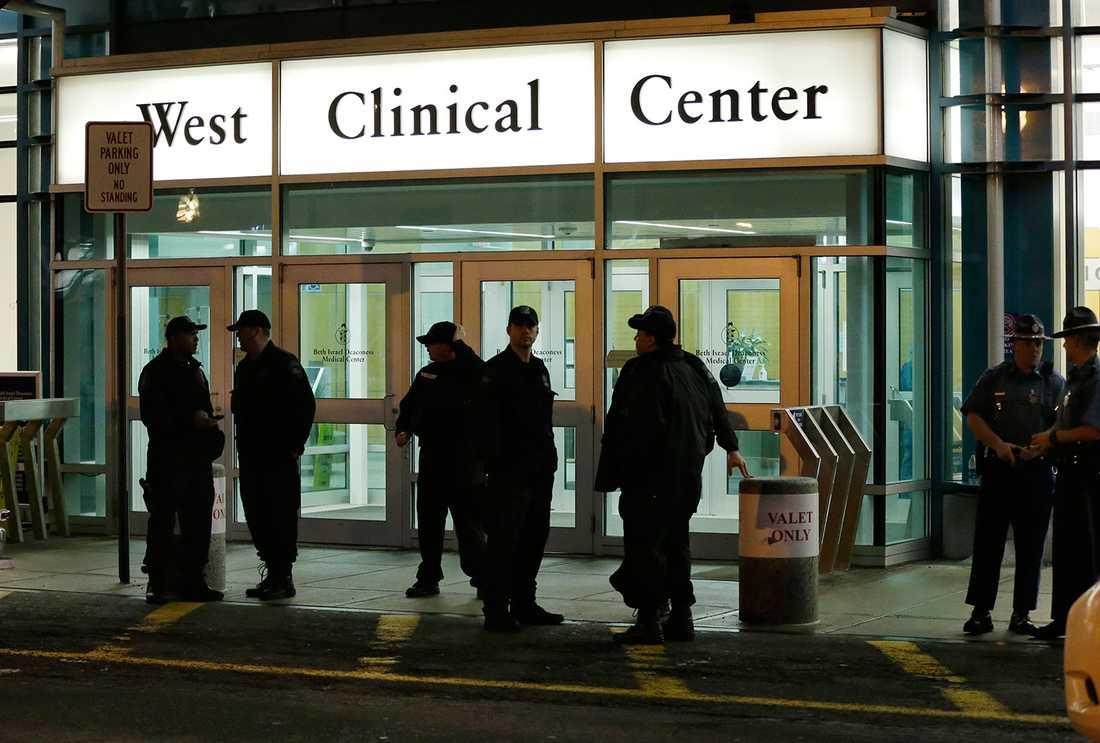 Dzjochar Tsarnajev vårdas på sjukhuset Beth Israel för sina skador.