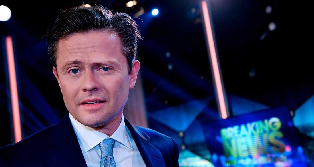 Programledaren Fredrik Wikingsson har erbjudits att bli vaccinerad mot covid-19 tillsammans med andra kändisar.  Han tackade nej eftersom han inte tillhör några av de prioriterade grupperna i vaccinkön.