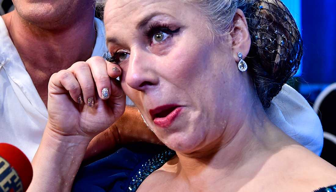Stina Wollter brast ut i tårar efter programmet.