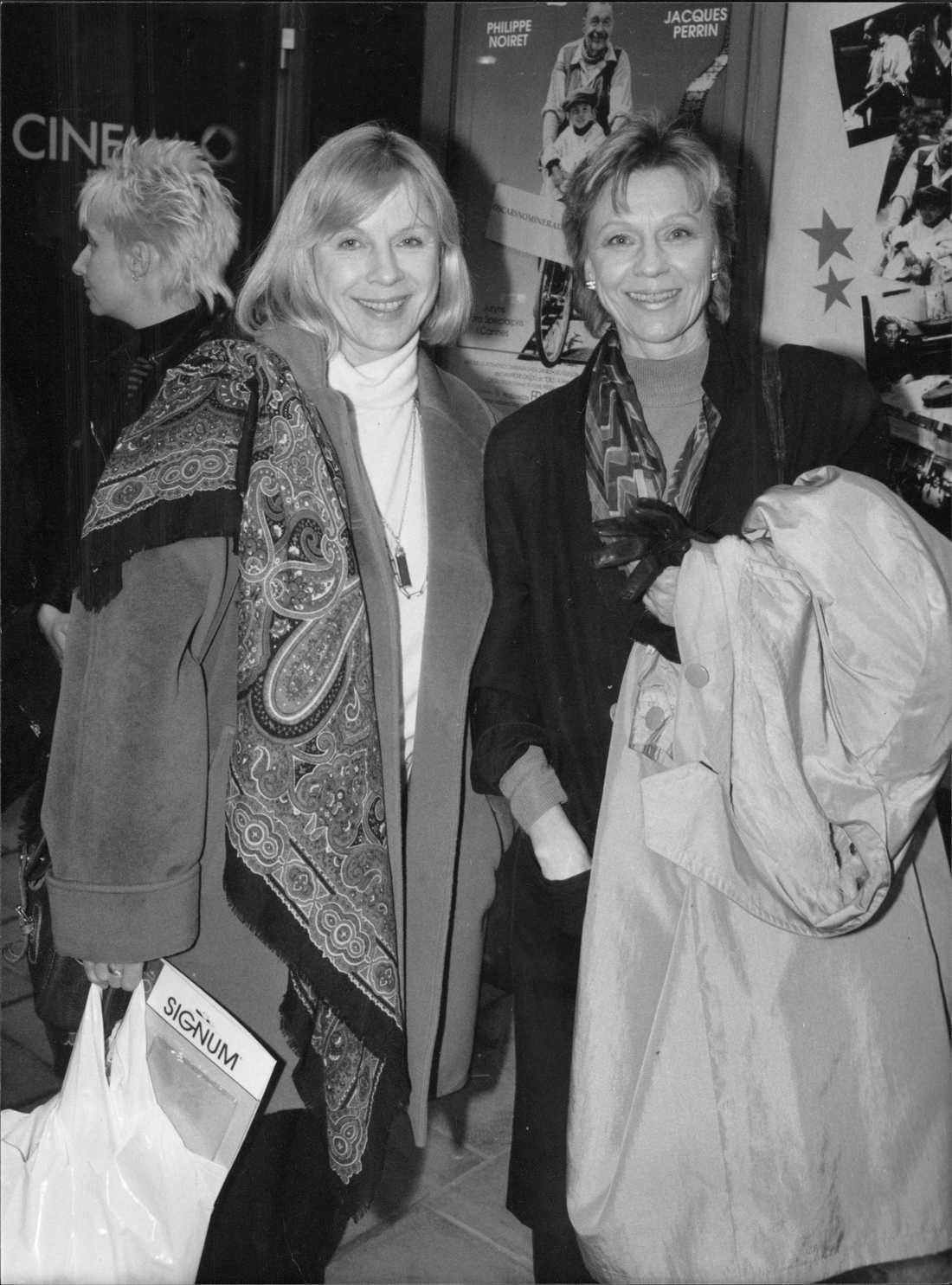 """Bibi Andersson med sin syster Gerd på premiären av filmen """"Cinema Paradiso"""" 1990."""