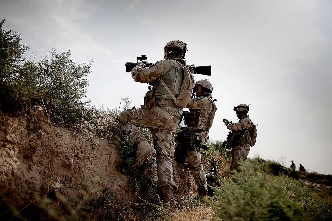 KAN HA ANVÄNTS I AFGHANISTAN Svenska Isaf-styrkor i Afghanistan kan ha exponerats för de cancerframkallande ämnena som finns i de uranvapen som sägs ha använts i kriget.