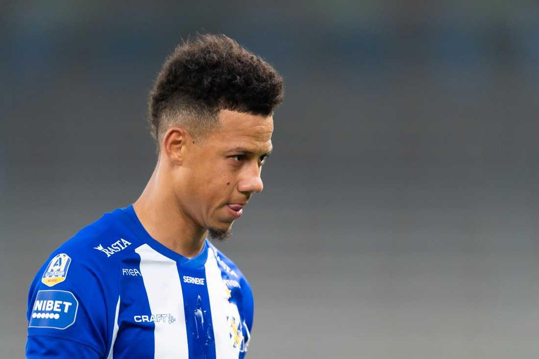 Tobias Sana finner sig inte i sin roll i IFK Göteborg.