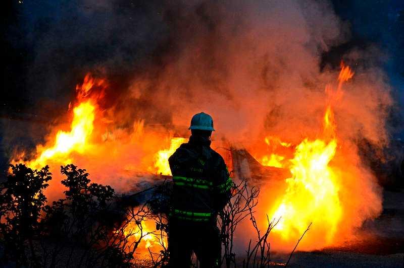 Upplopp med stenkastning och bränder har inträffat i bland annat Husby den senaste veckan.