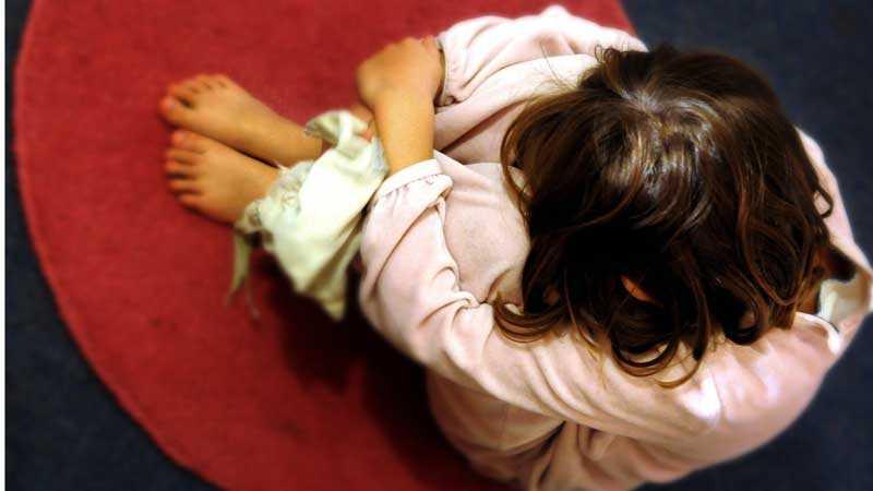 Barn till ensamstående föräldrar löper större risk för att må psykiskt dåligt.