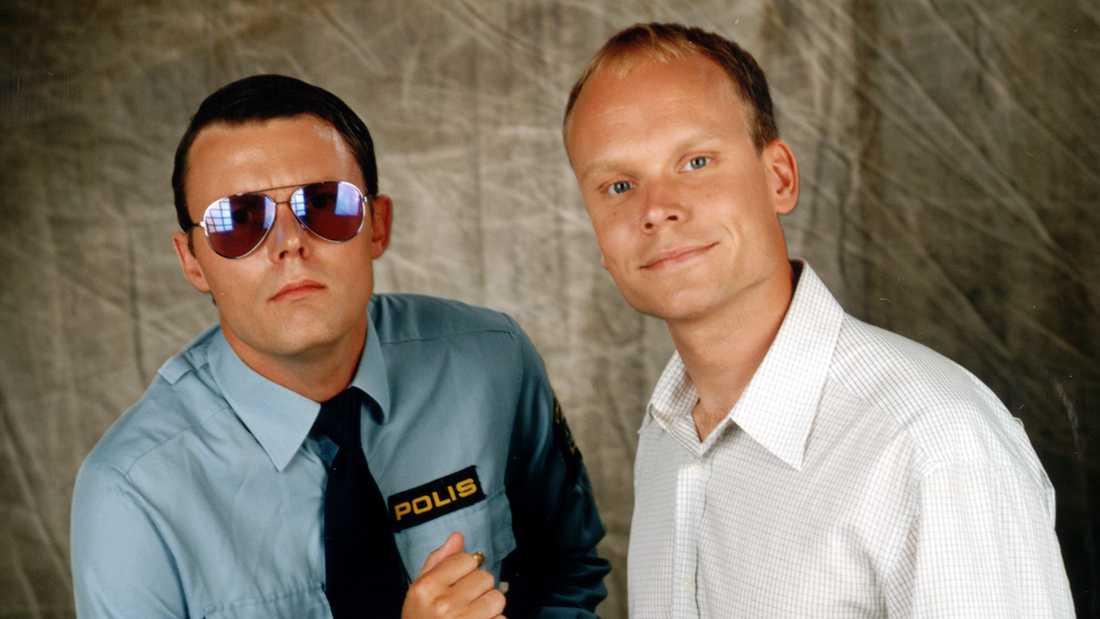 """När """"Sen kväll med Luuk"""" drog igång i TV4 1996 blev Felix Herngren som polismannen Papi Raul snabbt ett populärt inslag."""