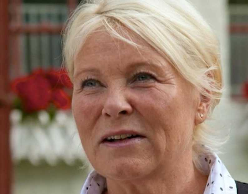 """Marie Johnsson i """"Bonde söker fru – kärlek åt alla""""."""