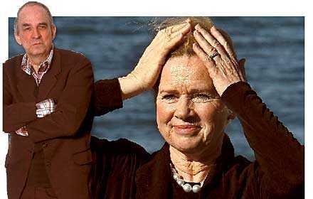 nära vänner Ingmar Bergman och Liv Ullman var djupt förtrogna och pratade ofta om livet – och döden. I ett av samtalen lovade de varandra att den som dog först skulle visa sig för den andra.
