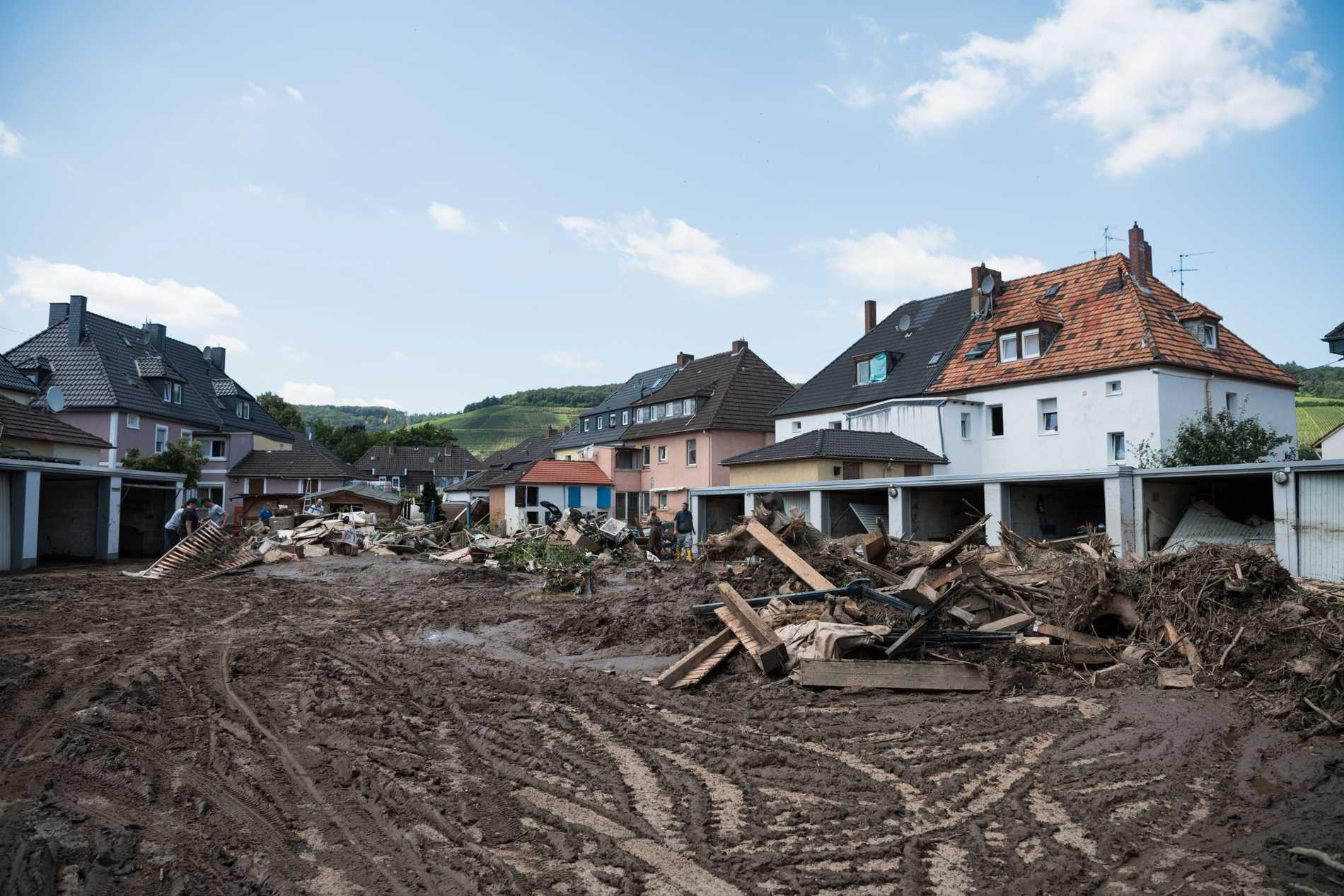 La città è ricoperta di fango.