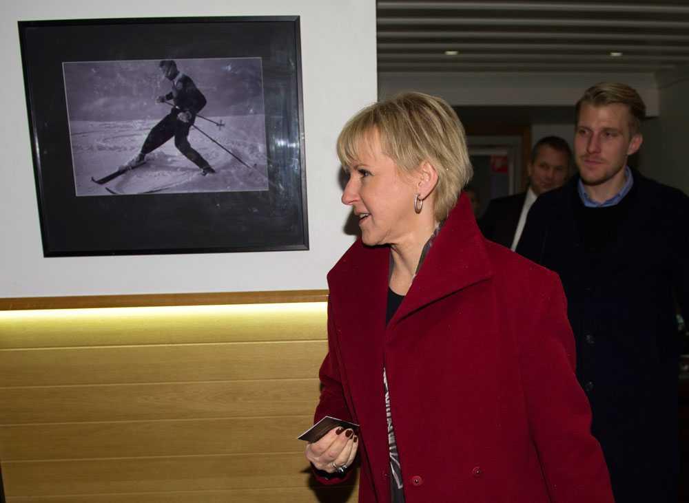 """Margot Wallström vill se """"en moderniserad och jämställd värnplikt"""" uppgav hon i sitt tal."""