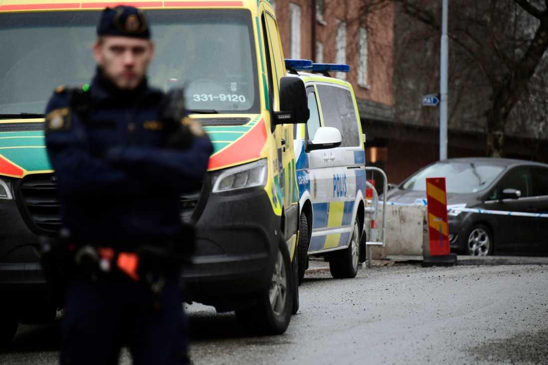 En kvinna misstänks ha blivit mördad i Solna.
