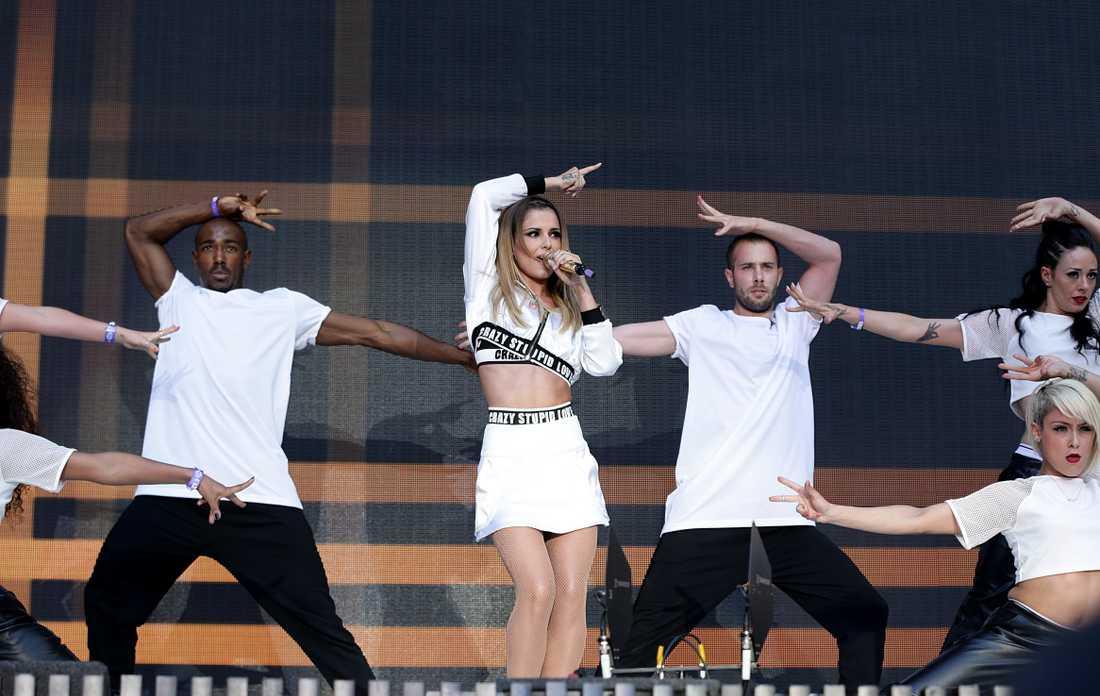 Cheryl Cole på scen i London 2014