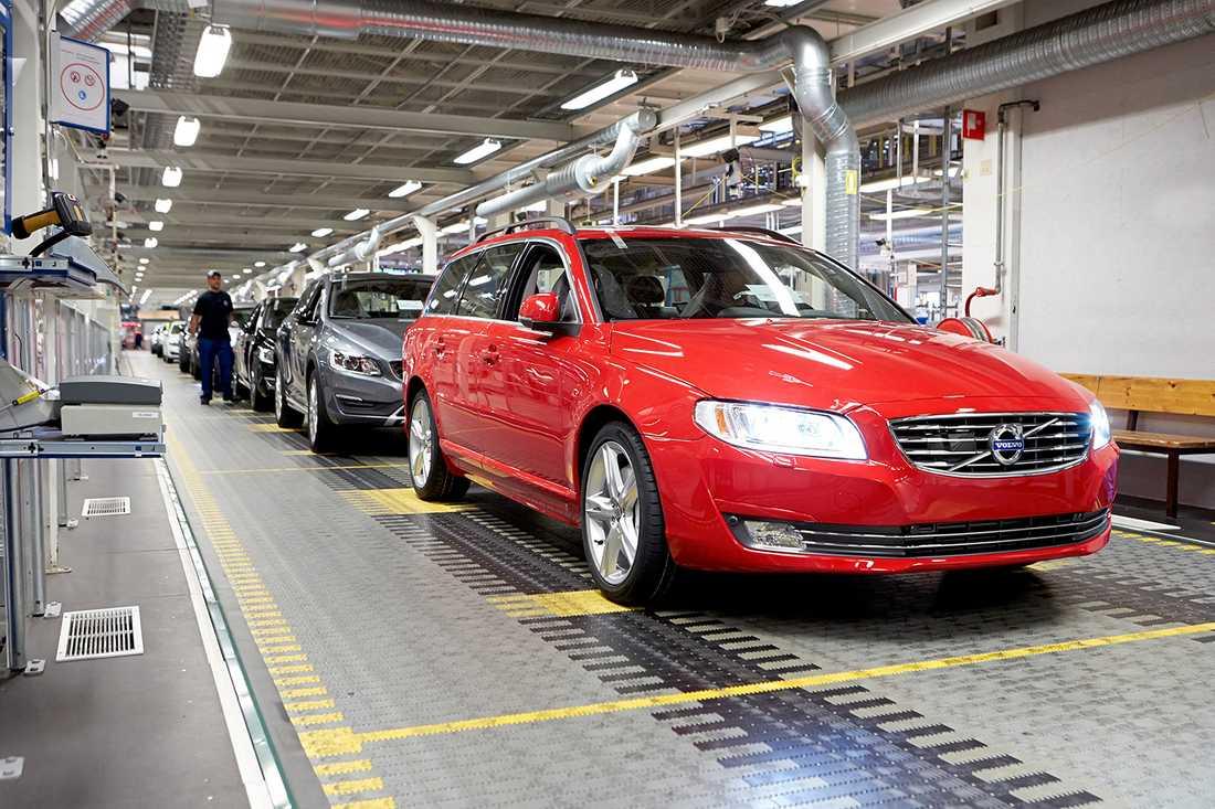 Den sista Volvo V70 rullar av bandet i Torslandafabriken