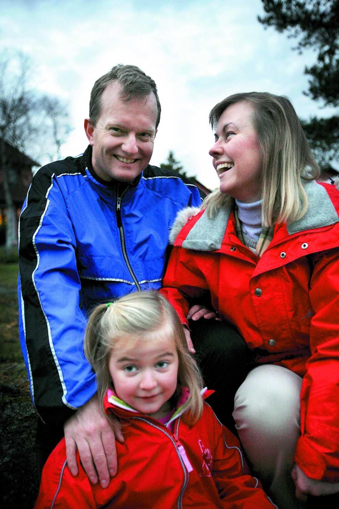 Det händer att Ulfs fru Annelie, 44, och dotter Jenny, 6, skickar ut honom på en löprunda om han haft en dålig dag på jobbet.
