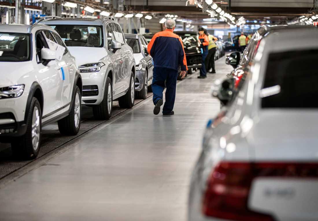 Vårt välstånd bygger till stor del på fordon som förstör klimatet, skriver Peter Kadhammar.