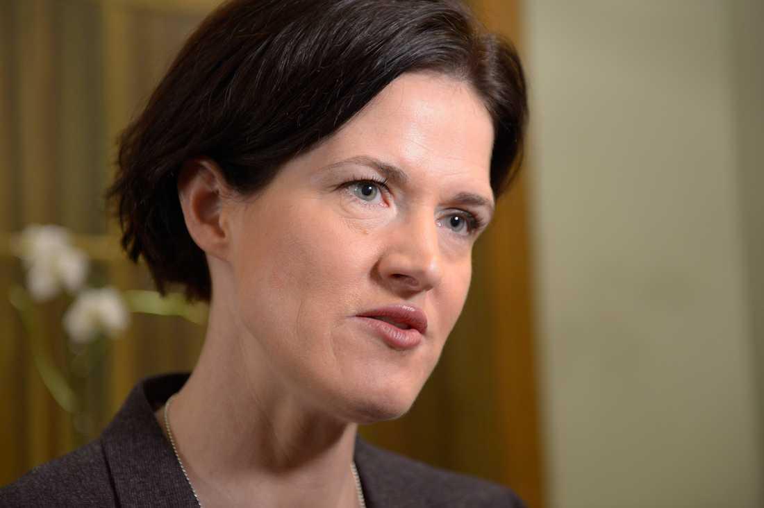 Anna Kinberg Batra, finansutskottets ordförande (M), kritiserade efter mötet oppositionen för deras agerande.