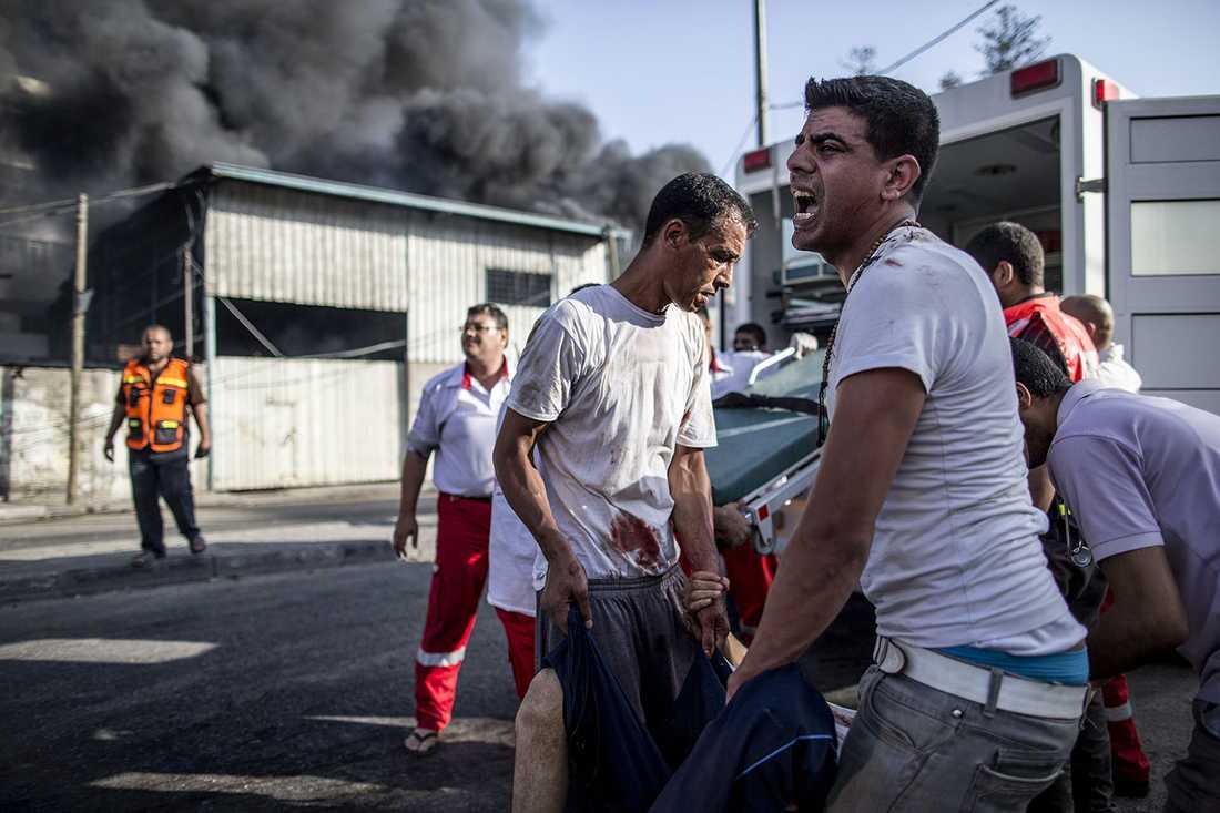 Offer för attacken mot marknaden i Gaza stad får hjälp.
