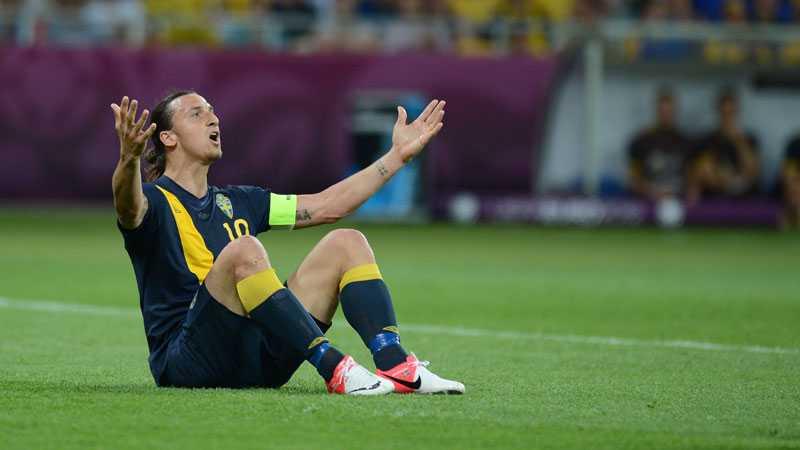 Zlatan Ibrahimovic är uppgiven.