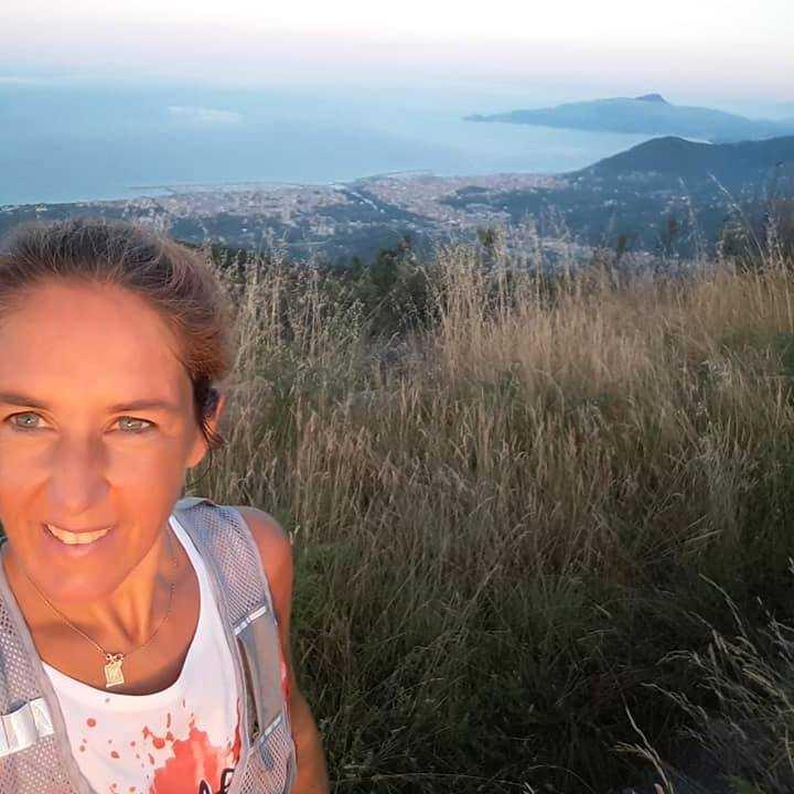 Paola Corini, 44, vet inte om hennes vänner lever eller inte.