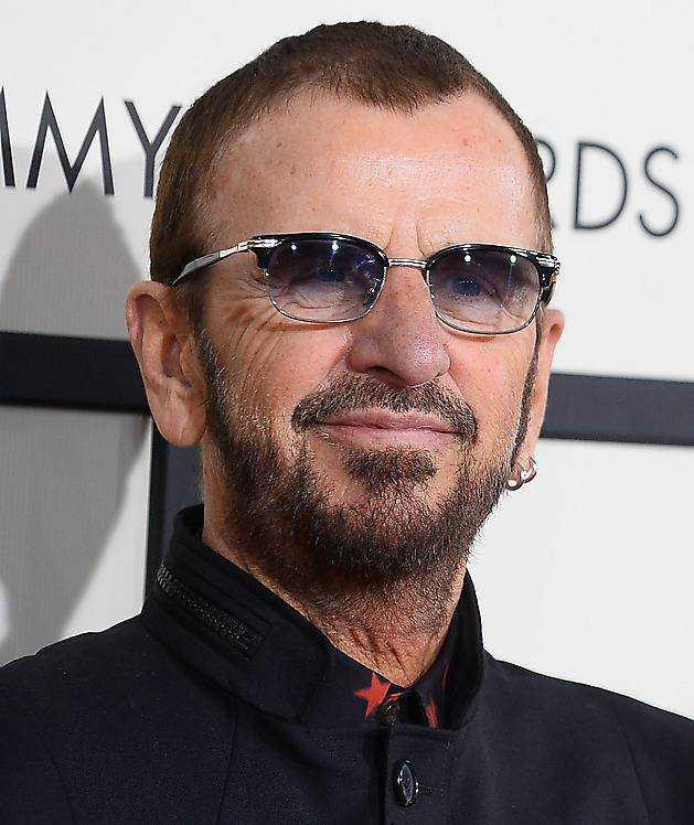 Ringo Starr lever i dag hälsosamt.