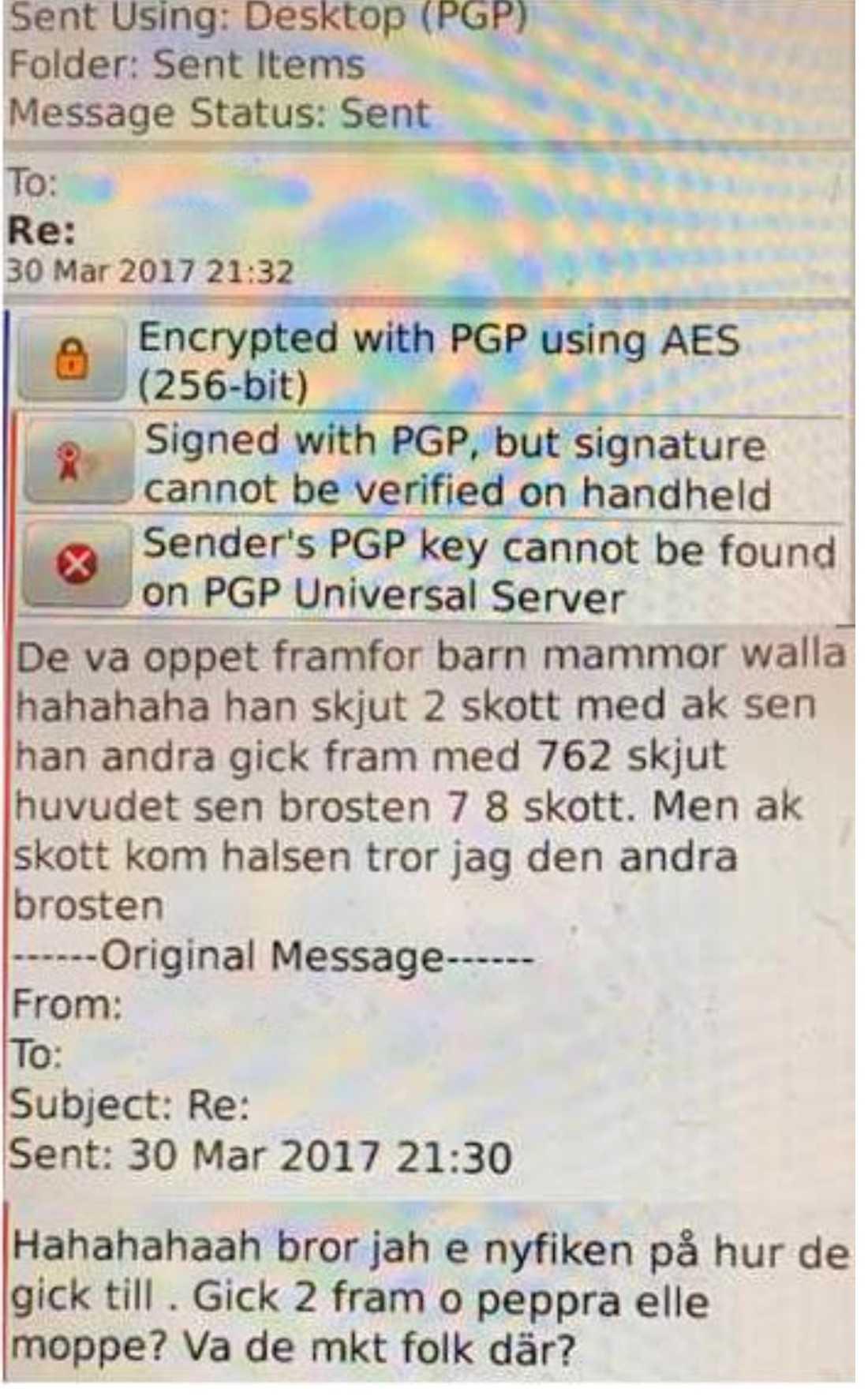 I ett av mejlen som polisen lyckats dekryptera beskrivs hur mordet gick till.