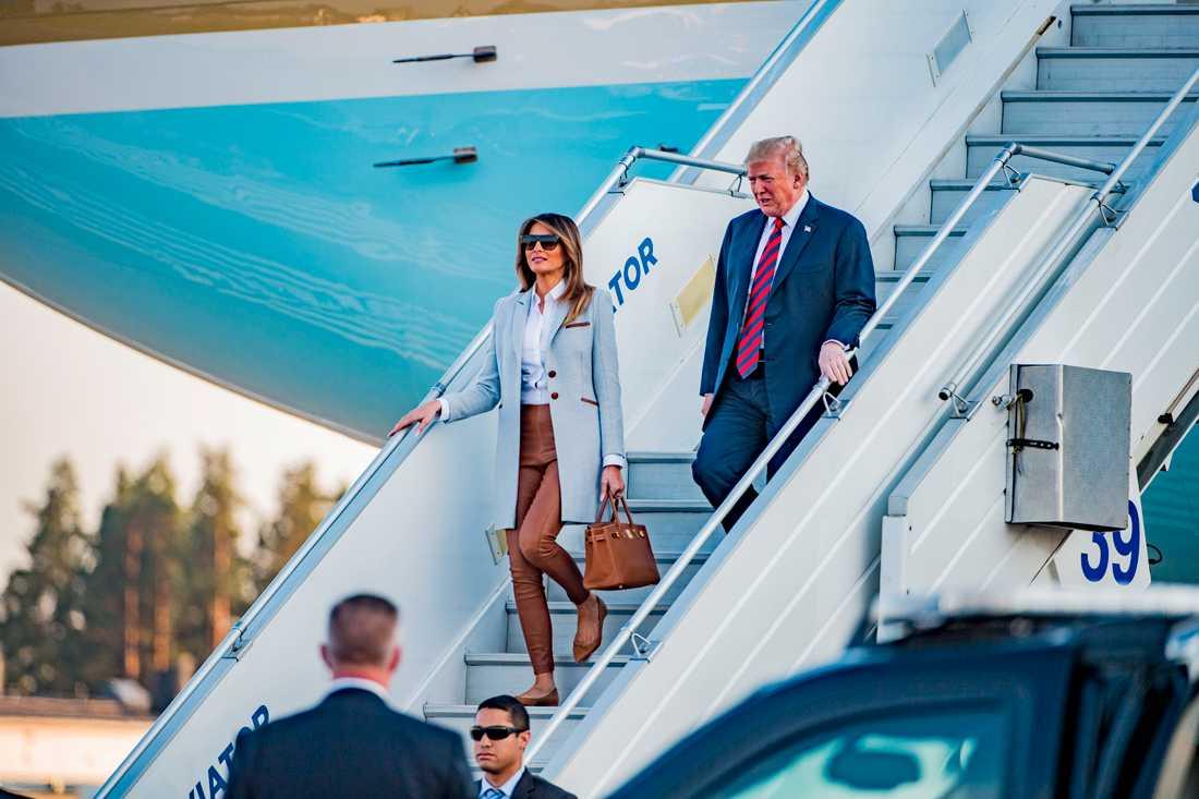 Donald och Melania anländer till Helsingfors