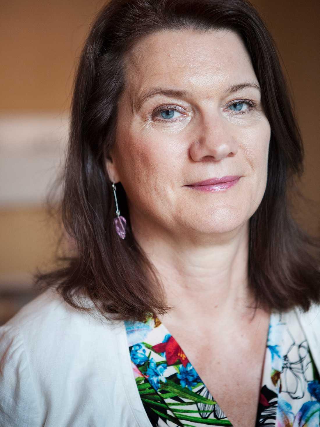Ann Linde ledde regeringens krishantering.