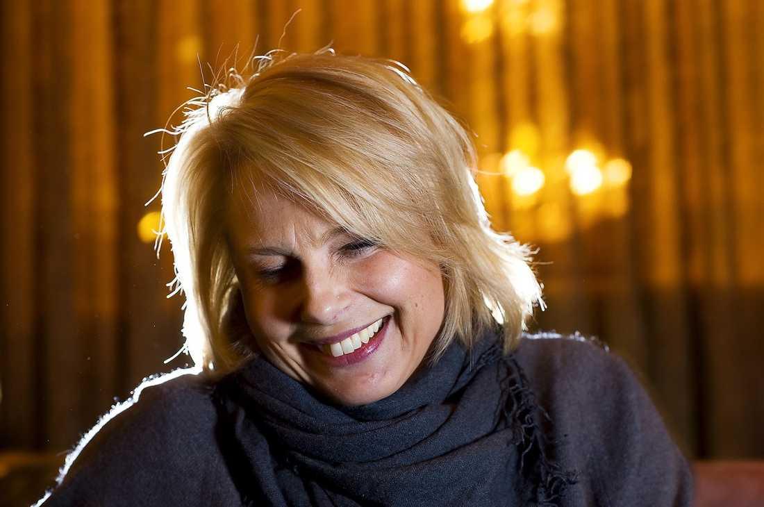 """Bästa kvinnliga biroll Helena Bergström är nominerad för sin roll i filmen """"Någon annanstans i Sverige""""."""
