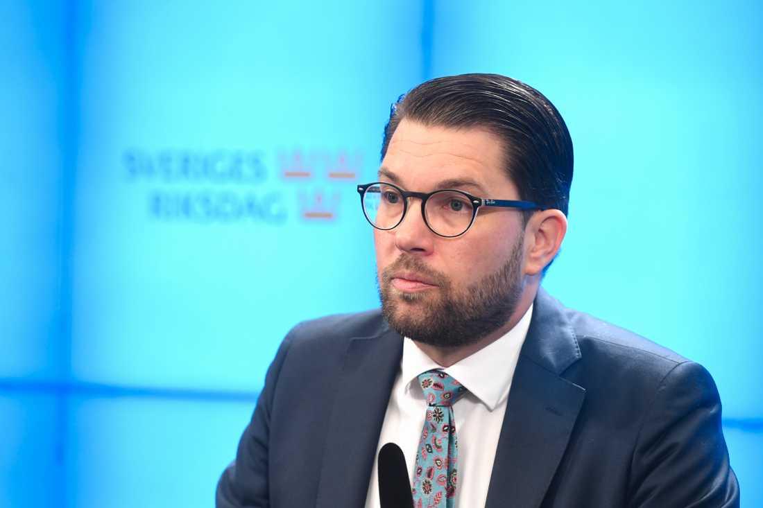 Jimmie Åkesson har pressträff