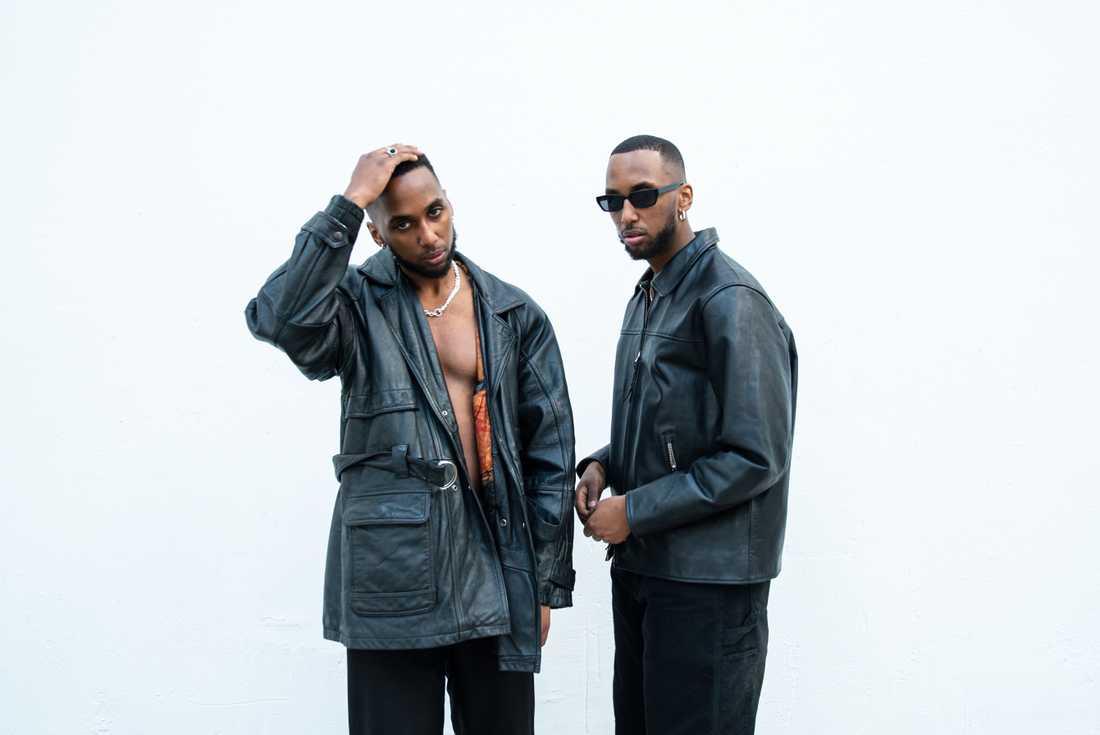 Bröderna Bennett firar triumfer när musiken är lika skrynklig som skivomslaget.