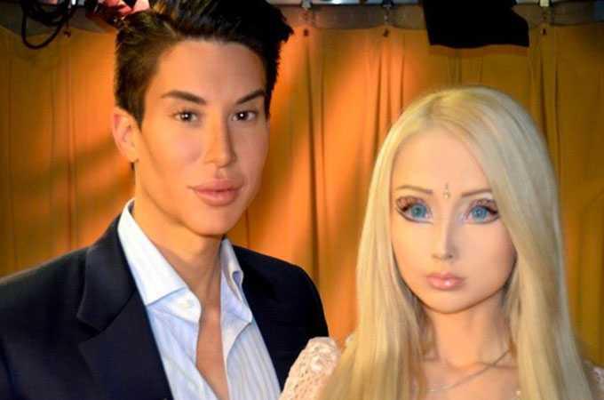 Här träffas de verkliga dockorna.