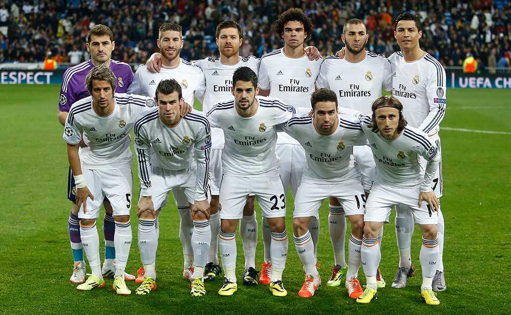 Ännu ett lagfoto där Ronaldo maxar längden. Här i kvartsfinalen mot Dortmund.
