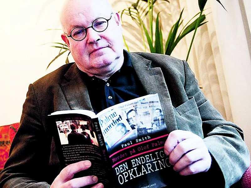 Slump Paul Smith sällar sig till skaran som säger sig veta vem som mördade Olof Palme. I går presenterade han sin bok. Lösningen hittade han av en slump i polisens digra utredningsmaterial.