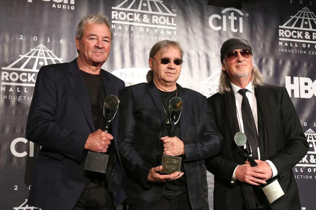 Deep Purple ställer in