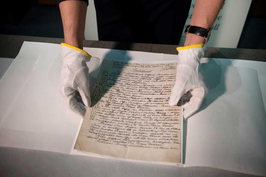 Nobel skrev sitt testamente för hand på ett papper. Arkivbild.