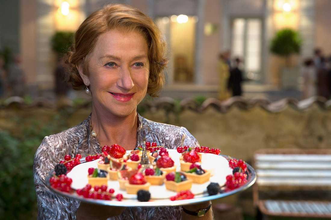"""Serverar suveränt skådespeleri. Helen Mirren imponerar som dominant krogägare i """"100 steg från Bombay""""."""