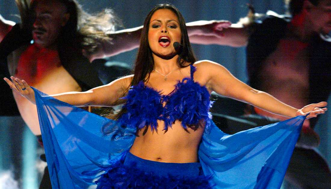 """Javiera tävlade med låten """"No Hay Nada Más"""" i Melodifestivalen 2002."""