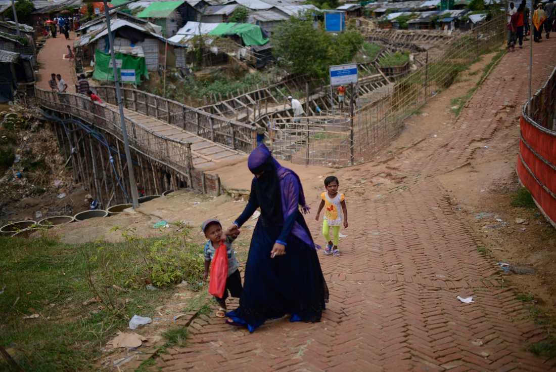 Flyktingläger i Bangladesh för rohingyer som flytt från grannlandet Myanmar (Burma). Arkivbild.