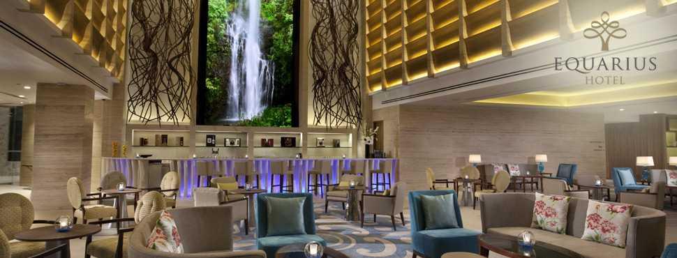 Equarius hotel är ett femstjärnigt lyxhotell där de billigaste rummen kostar runt 1500 kr natten.