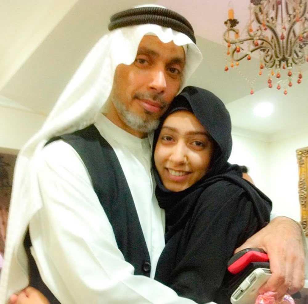 Fatima al-Halwachs med sin pappa Khalil al-Halwachi.