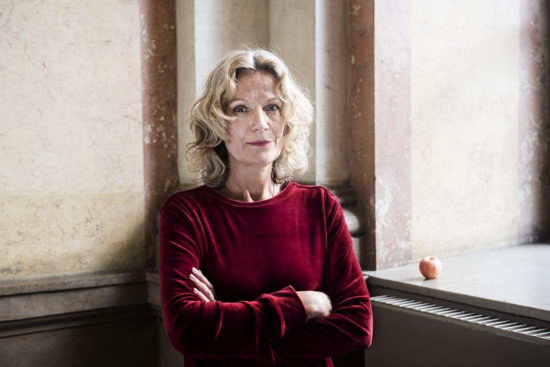 Författaren Åsa Wikforss har valts in på stol nummer 7.