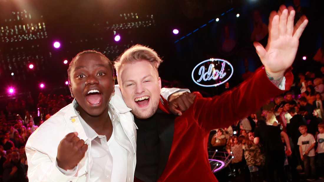 """""""Idol""""-finalisterna Tusse Chiza (till vänster) och Freddie Liljegren."""