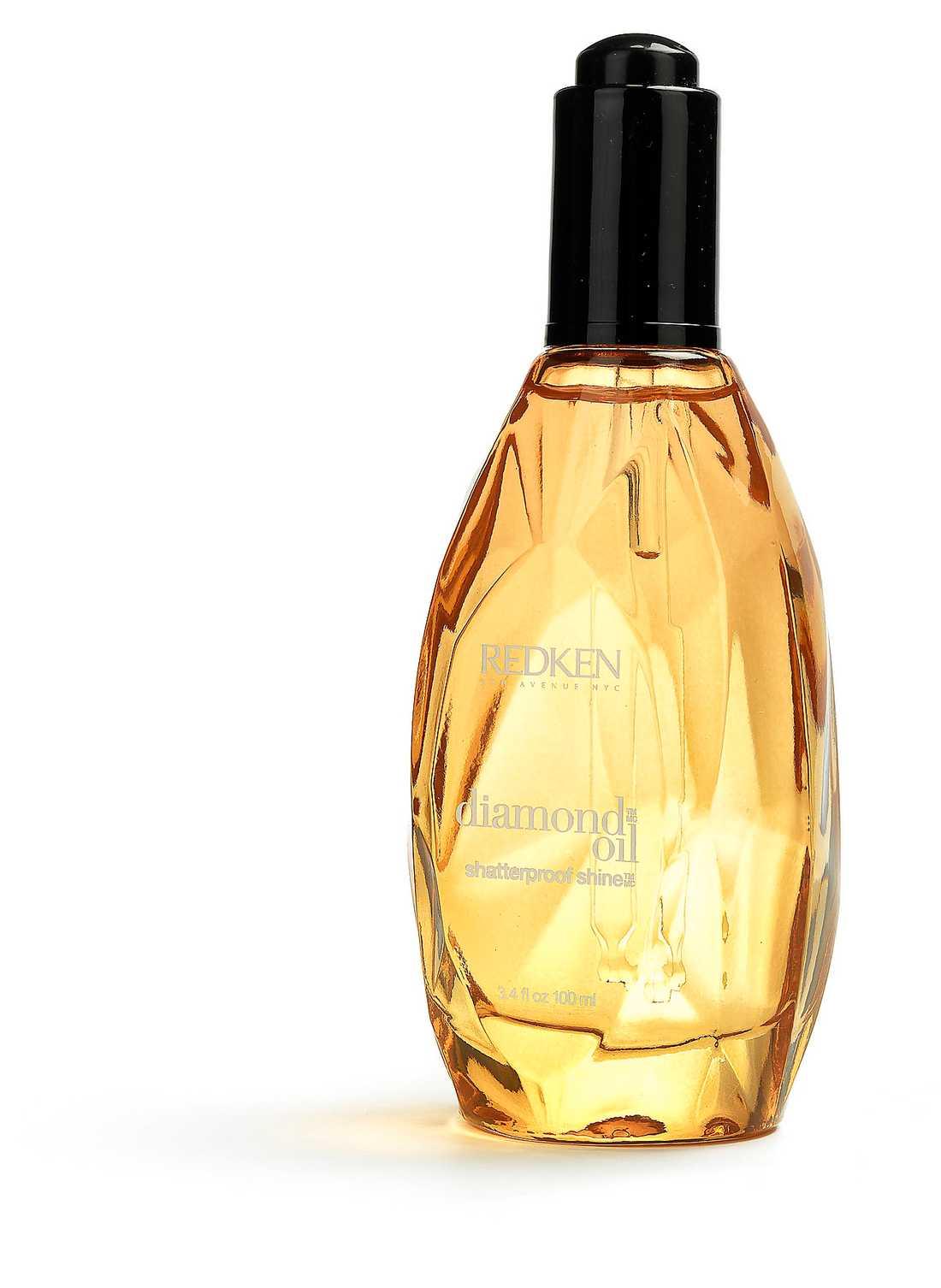 """""""Diamond oil shatterproof shine"""" från Redken för 360 kronor är en hårolja med smart droppapplicering som gör håret blankt, lättformat och frizzfritt."""