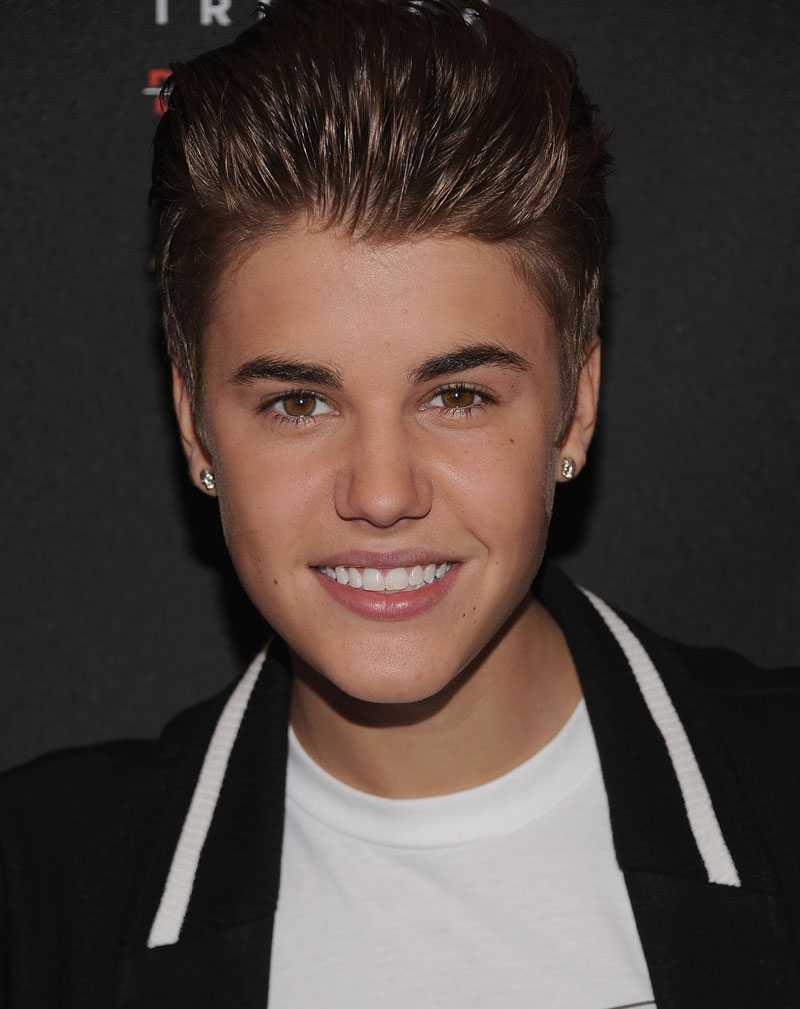Justin Bieber i egen hög person.
