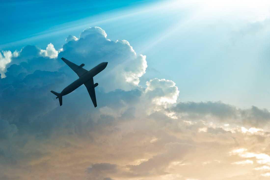 Boka en torsdag och flyg en tisdagskväll om 56 dagar så blir flygbiljetten billigast.